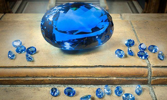 Облагороженный голубой топаз